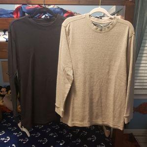 2 Gelert long sleeve shirts